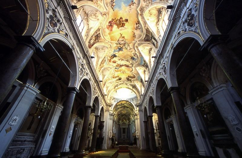 8C2_Duomo_interno.jpg