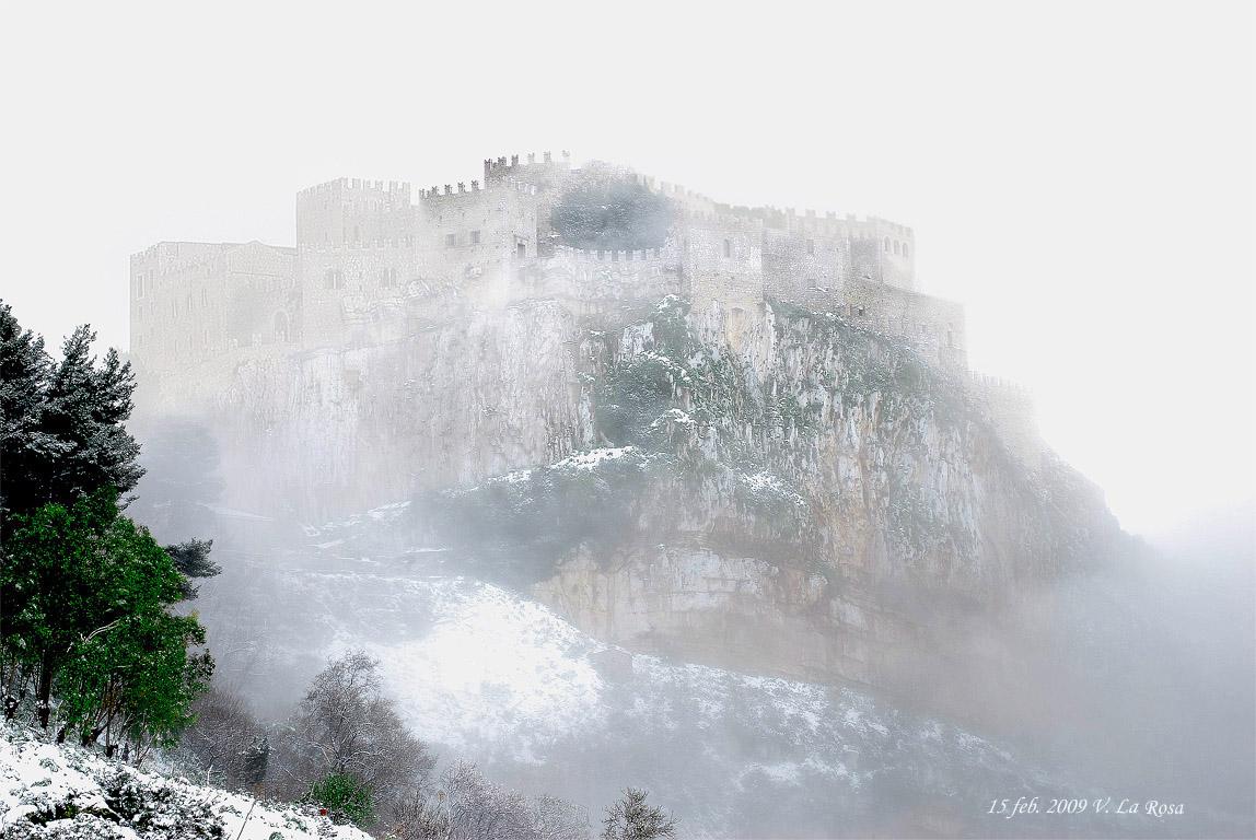 Castello_con_neve.jpg
